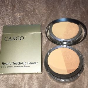 Cargo Hybrid Touch-Up Powder 2 in 1 Bronzer Powder